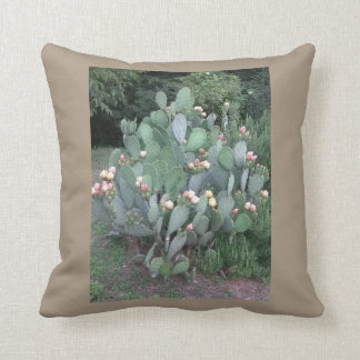 Fico d'India Throw Pillow