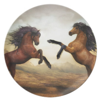 Fighting horses plate