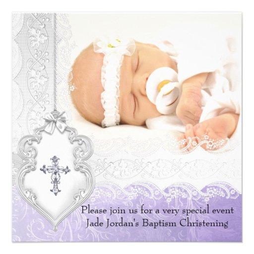 Fille blanche pourpre de croix de bijou de photo d invitations