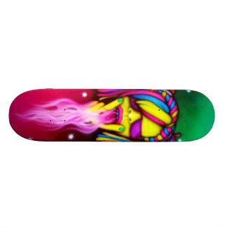 Fille d'éloge - plate-forme de patin skateboards
