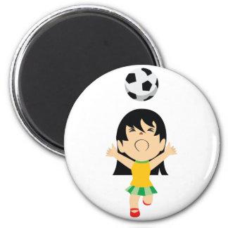 Fille du football magnet rond 8 cm