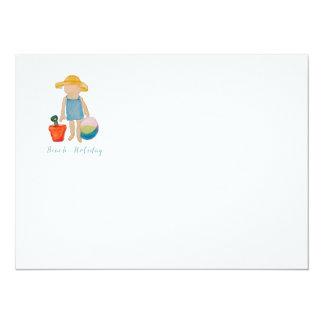 Fille mignonne de plage des vacances d'été carton d'invitation  13,97 cm x 19,05 cm