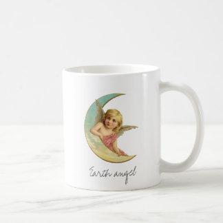 Fille victorienne vintage de lune d'ange de la mug