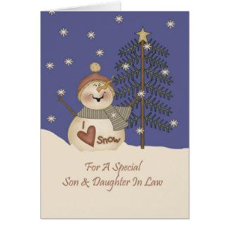 Fils et belle-fille mignons de Noël de bonhomme de Carte