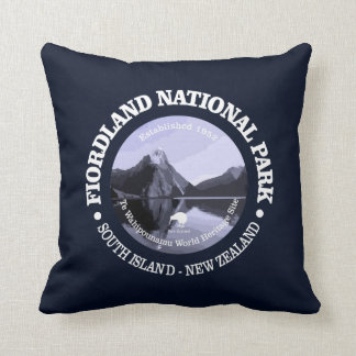 Fiordland National Park Throw Pillow