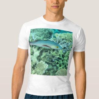 Fish roaming the reef t-shirt