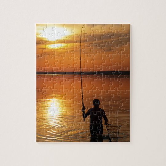 Fisherman catches fish by spinning jigsaw puzzle
