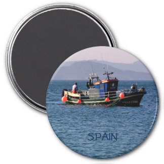Fishing boat from return to port 3 inch round magnet