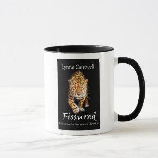 Fissured coffee mug