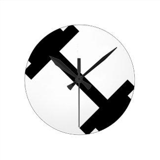 Fitness Center Dumbbell Round Clock