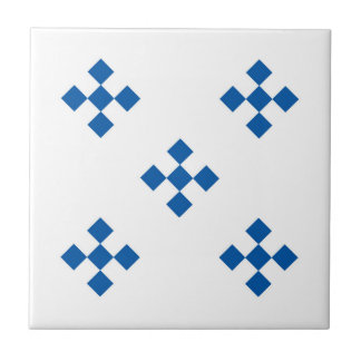 five diamonds array traditional tile design