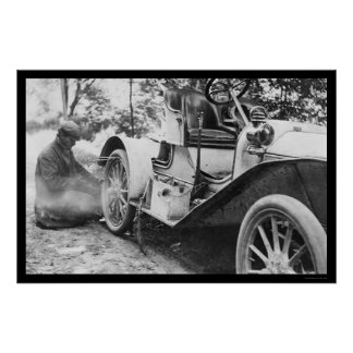 Fixing a Flat Tire on a Buick Roadster 1909 Poster