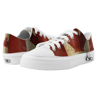 Flag of Canada / Grunge... Low-Top Sneakers