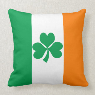 Flag of Ireland Shamrock Throw Pillow