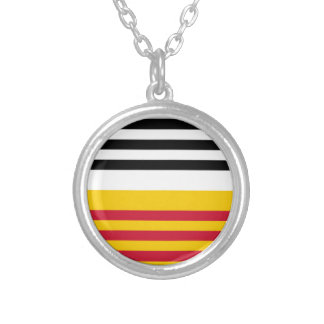Flag of Loon op Zand Silver Plated Necklace