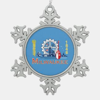 Flag of Milwaukee, Wisconsin Snowflake Pewter Christmas Ornament