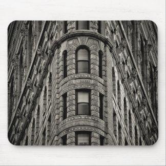Flatiron Building Mouse Pad