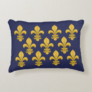 Fleur-de-lis Decorative Pillow