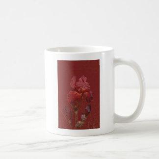 Fleur rouge de jardin d'iris de Bourgogne Tasse