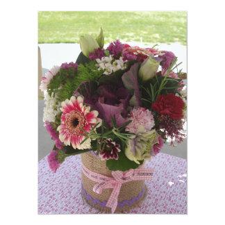 Fleurs de douche de bébé carton d'invitation  13,97 cm x 19,05 cm