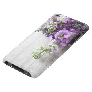 fleurs lavande-colorées sur la vieille musique coque barely there iPod