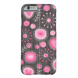 Fleurs lunatiques dans le cas rose de l'iPhone 6 Coque Barely There iPhone 6