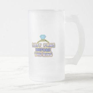 fling before ring bride bachelorette wedding party 16 oz frosted glass beer mug