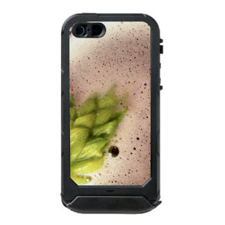 Floating Beer Hops Incipio ATLAS ID™ iPhone 5 Case
