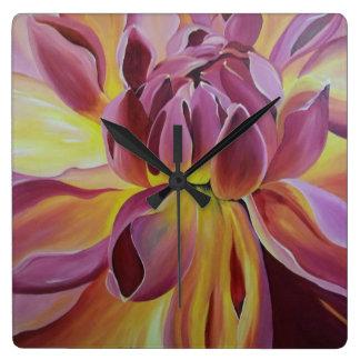 Flora Bonita Clock