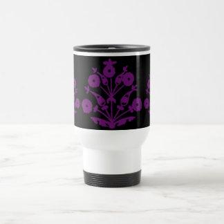 Floral abstrait de violette tasse à café