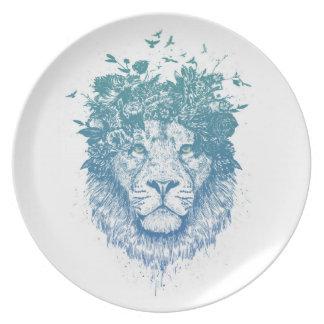 Floral lion plate