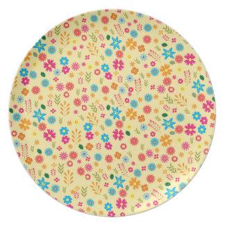 Floral pattern dinner plate