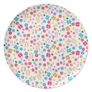 Floral pattern party plates