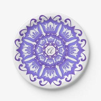 Floral violet mandala. paper plate