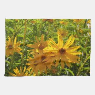"""Flores en mi hierbas """" flowers in my weeds """" kitchen towel"""
