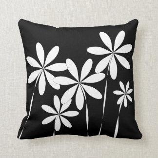 Flower Bliss2 Black & White Throw Pillow