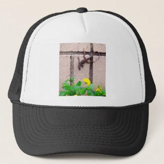 FLOWER LIZARD TRUCKER HAT