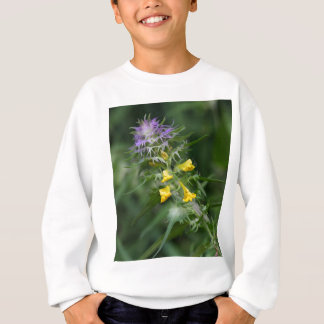 Flower of a crested cow wheat sweatshirt