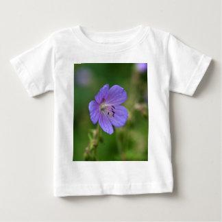 Flower of a meadow geranium baby T-Shirt