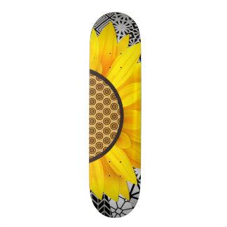 Flower Pattern Skateboard