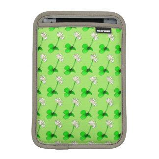 Flowerchain & Fresh Daisies by The Happy Juul Comp iPad Mini Sleeve