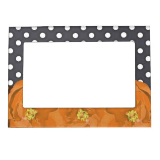 Flowers and polka dots magnetic photo frame