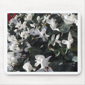 Flowers and unicorns mouse pad