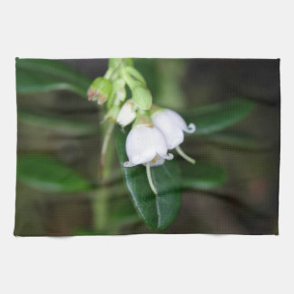Flowers of a wild lingonberry (Vaccinium vitis-ide Kitchen Towels