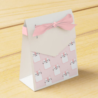 Fluffy Marshmallow Kitty in Pink Favor Box