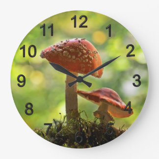 Fly agarics large clock