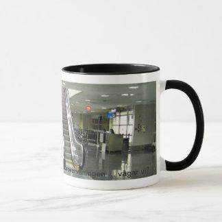 Flygplattskaffe. Mug