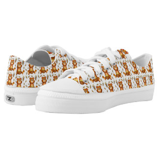 Flying Bees With A Honey Bear Low-Top Sneakers