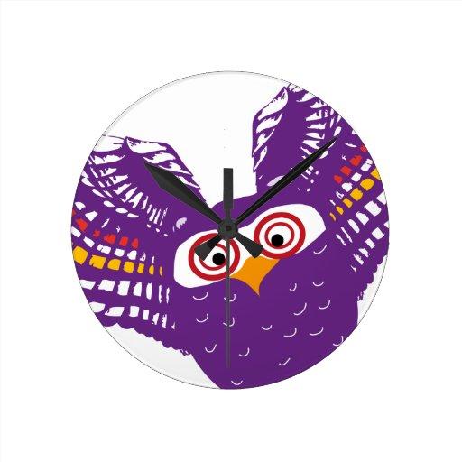 Flying owl wall clocks