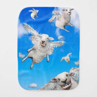 FLYING SHEEP 2 BURP CLOTH